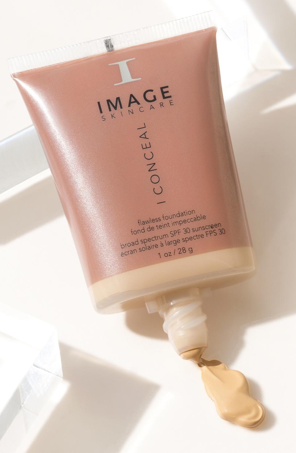 Image Skincare i Conceal mineral foundation