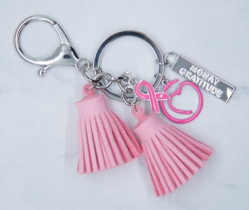 Monat Gratitude Breast Cancer Awareness Pink Keychain